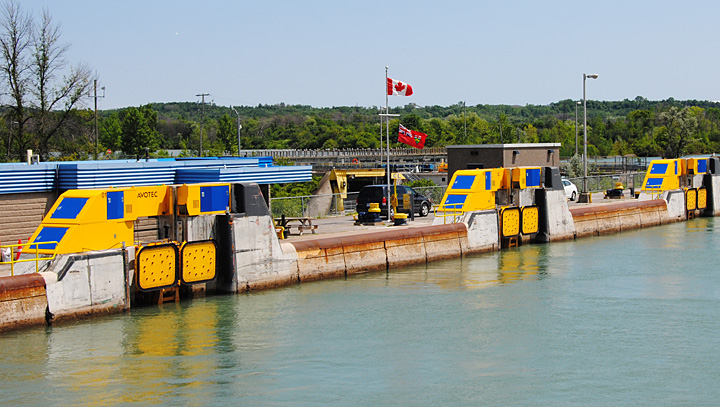 Hands Free Mooring - St. Lawrence Seaway