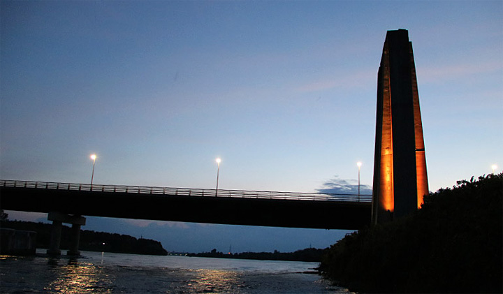 Cornwall Bridge at Night